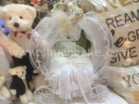 Mini Fairy Tale Carriage Ring Holder (Rental Fees: S$35)