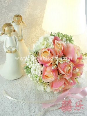 Champagne Rose Bud Hand Bouquet